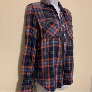 Aeropostale Pink and Blue Flannel Button Down S